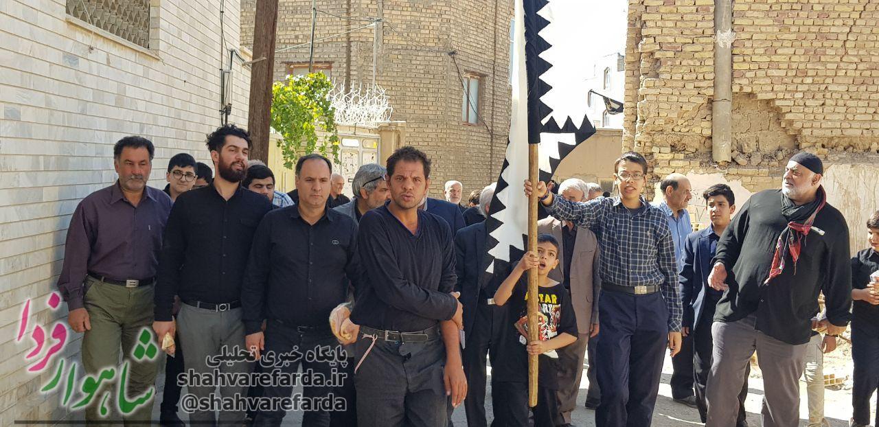 Photo of آئین سنتی گردآوری طوق برای دسته یا عباس شاهرود برگزار شد