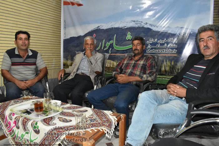 Photo of صدای اعتراض گوجه کاران شاهواری شنیده نمی شود/تعاونی راه حل نهایی/درب جهاد کشاورزی را ببندید!